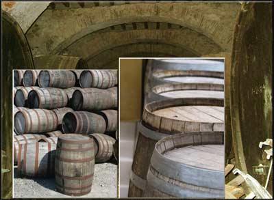 der Rohstoff:  Whisky- und Weinfässer