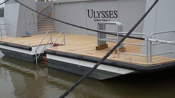 Ulysses-Teakholz-Deck